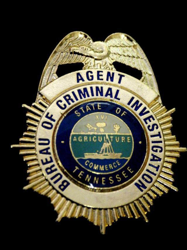 Collector 39 s badges damaged badges - Criminal bureau of investigation mn ...